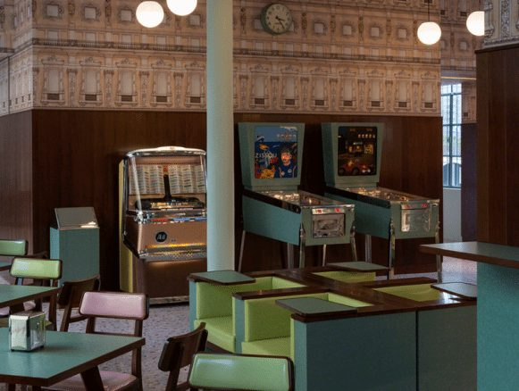 Foto i Wes Andersons bar.