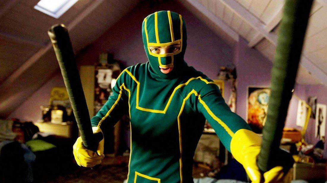 Aaron Taylor-Johnson som superhjälten Kick-Ass. Bästa superhjältefilmerna