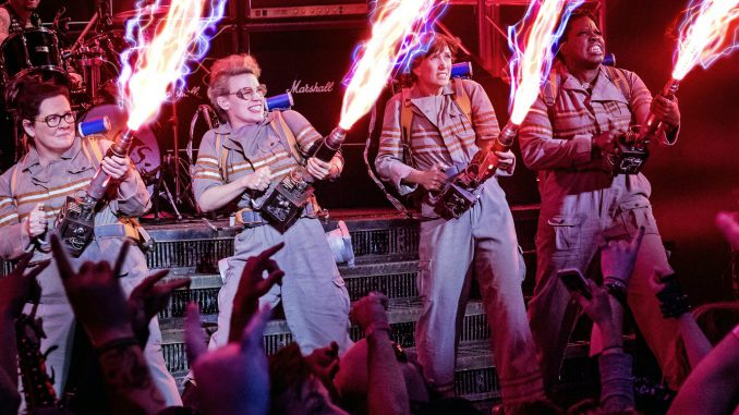 ghostbusters-2016-cast-proton-packs-images (1)