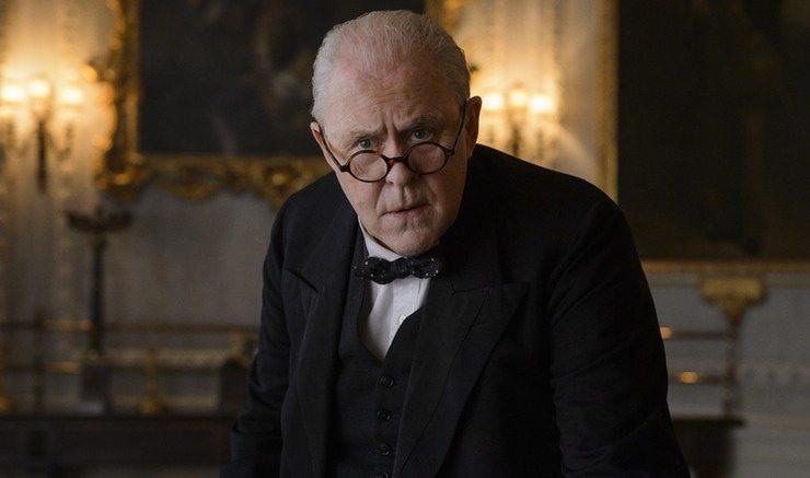 John Lithgow som Winston Churchill i The Crown. Foto: Netflix.