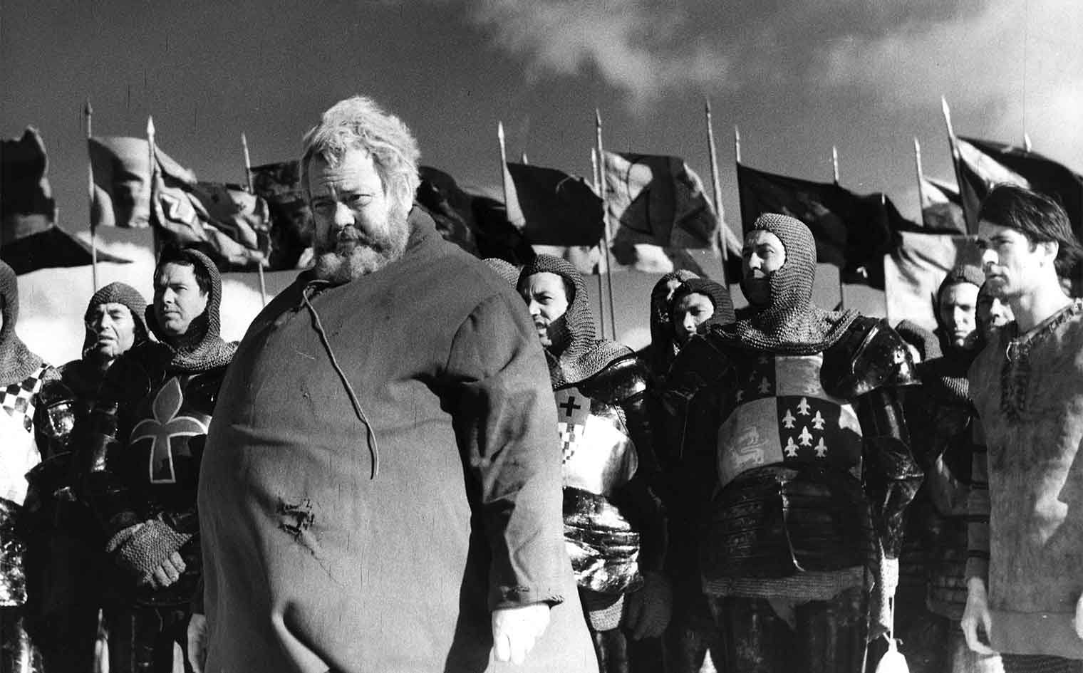 Chimes at Midnight (1965 France/Spain/Switzerland) aka Campanadas a medianoche Directed by Orson Welles Shown left foreground: Orson Welles; far right: Keith Baxter