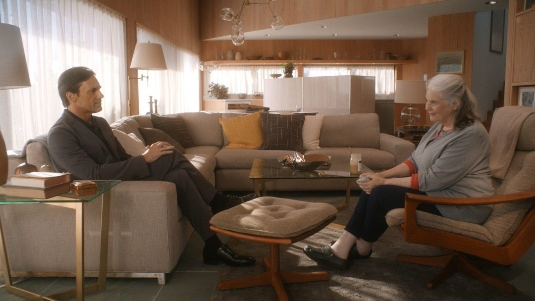 Jon Hamm och Lois Smith från filmen Marjorie Prime.