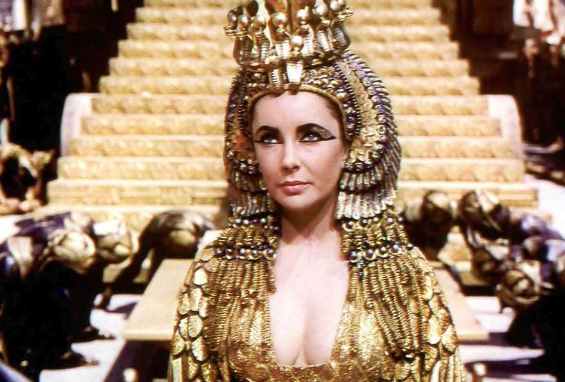 Elizabeth Taylor som Cleopatra