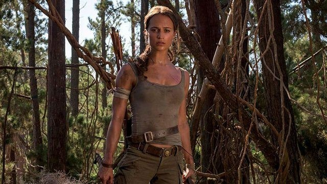 Alcia Vikander i rollen som Tomb Raider