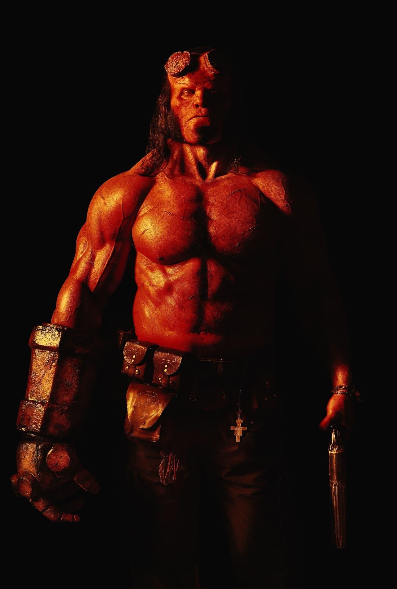 David Harbour som Hellboy
