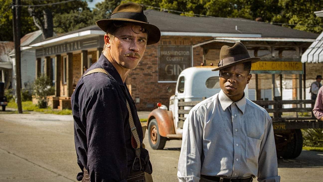 Garrett Hedlund och Jason Mitchell i Netflix-filmen Mudbound.