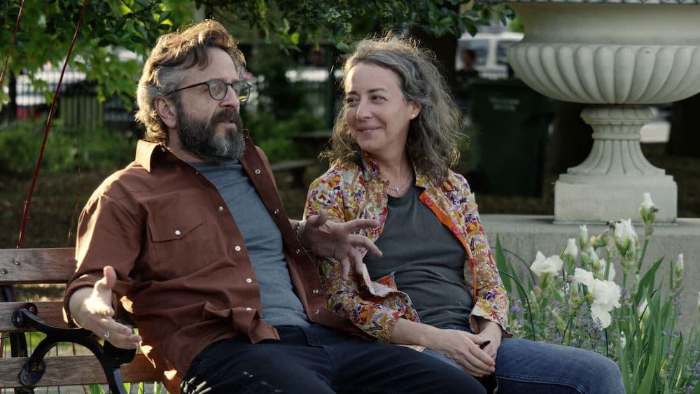 """Marc Maron och Jane Adams i """"Easy"""""""