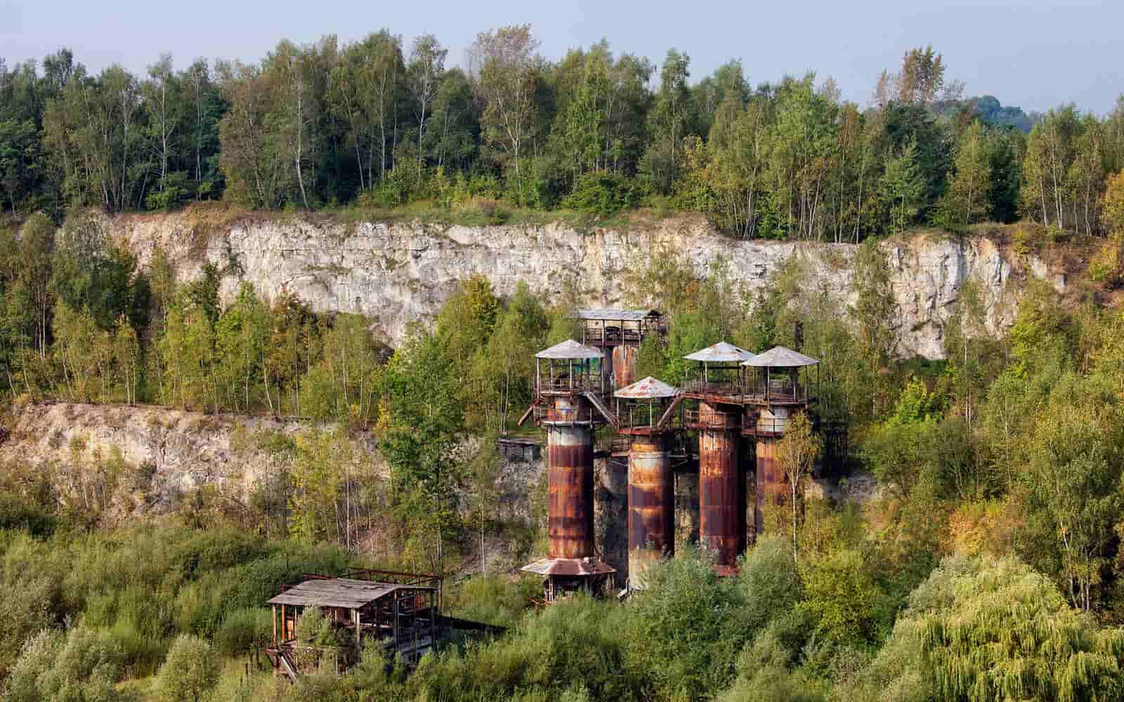 Bilden föreställer det övergivna arbetslägret i Krakow, som rekonstruerades speciellt för filmen Schindler's list.