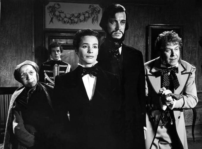 Delar av skådespelarensemblen i Ansiktet av Ingmar Bergman.