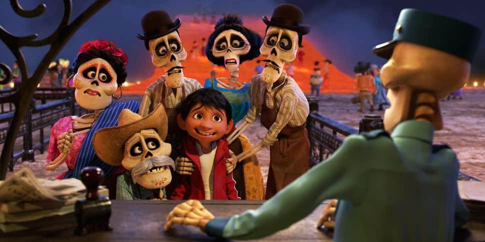 """Miguel och några av hans """"döda"""" familjemedlemmar i Coco"""