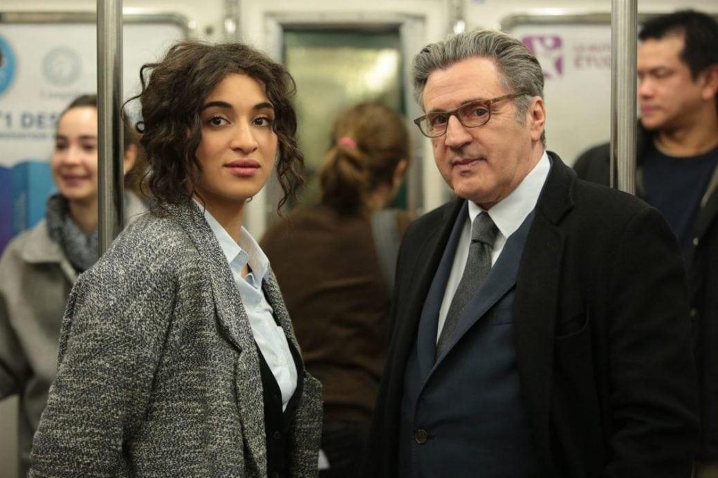 Camélia Jordana och Daniel Auteuil somNeïla Salah och Pierre Mazard i Eldprovet.