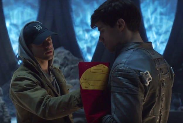 Seg-El, en förfader till Superman möter Adam Strange i Krypton