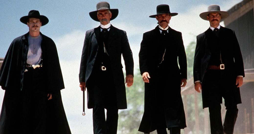 Bill Paxton, Sam Elliot, Kurt Russell och Val Kilmer i Tombstone.