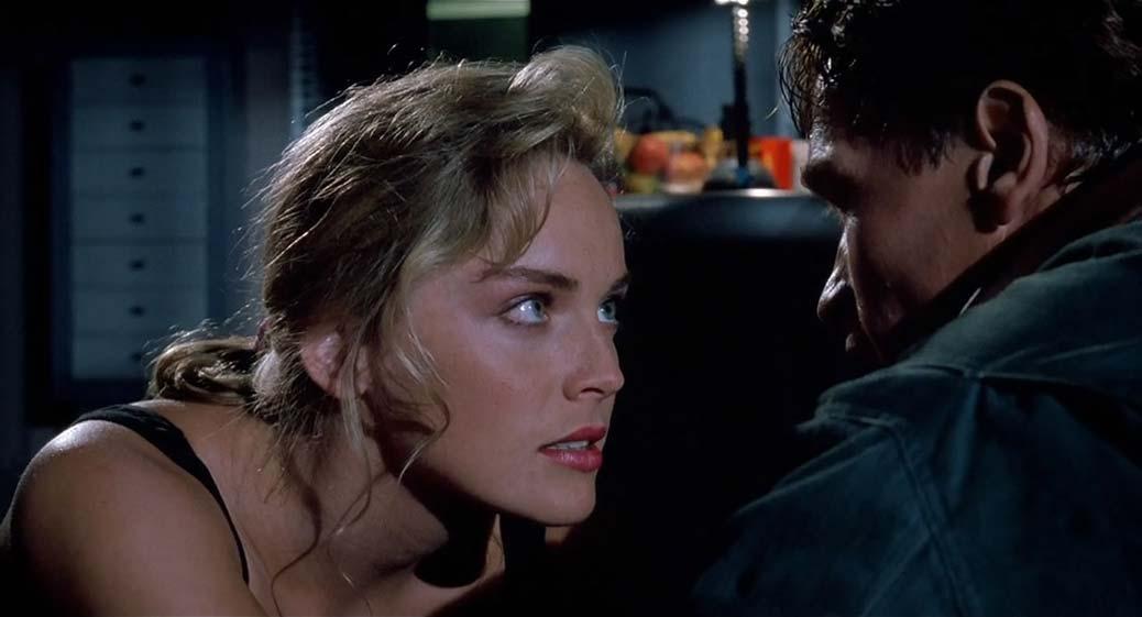 Sharon Stone och Arnold Schwarzenegger i Total Recall.
