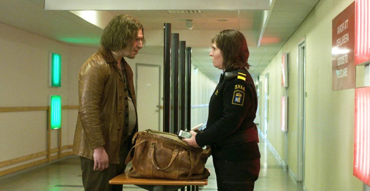 Eero Milonoff och Eva Melander i Gräns.