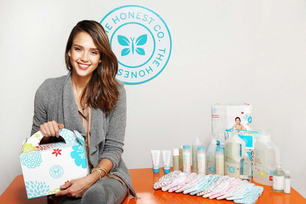 Jessica Alba och produkter från The Honest Company.