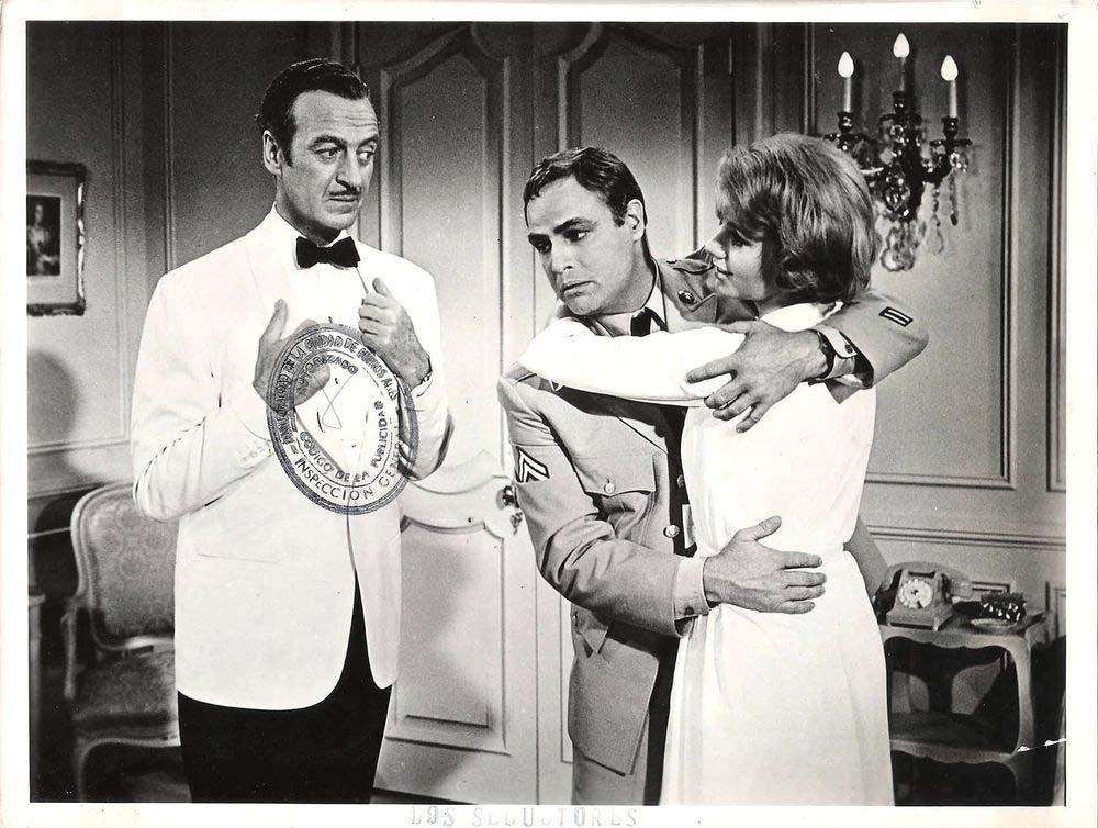 David Niven, Marlon Brando och Shirley Jones.