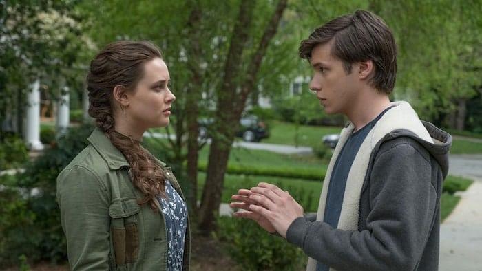 "Katherine Langford och Nick Robinson i ""Love, Simon"""