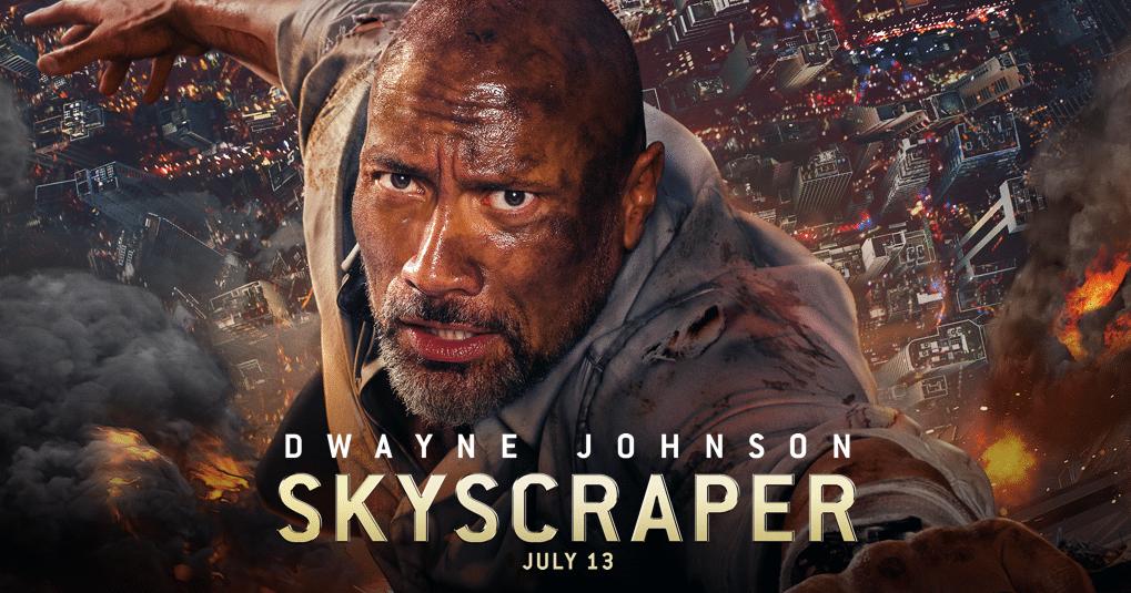 Dwayne Johnson hänger från byggnaden i Skyscraper