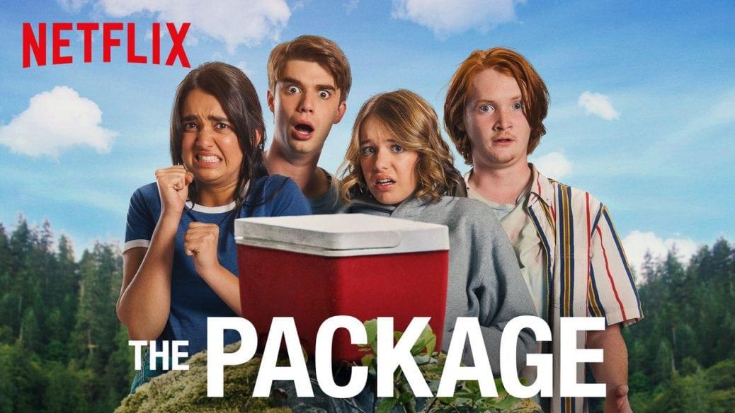 Fyra av huvudrollsinnehavarna poserar skräckslagna framför kameran. FIlmens titel står längst ner i vitt och Netflix logga syns uppe till vänster.