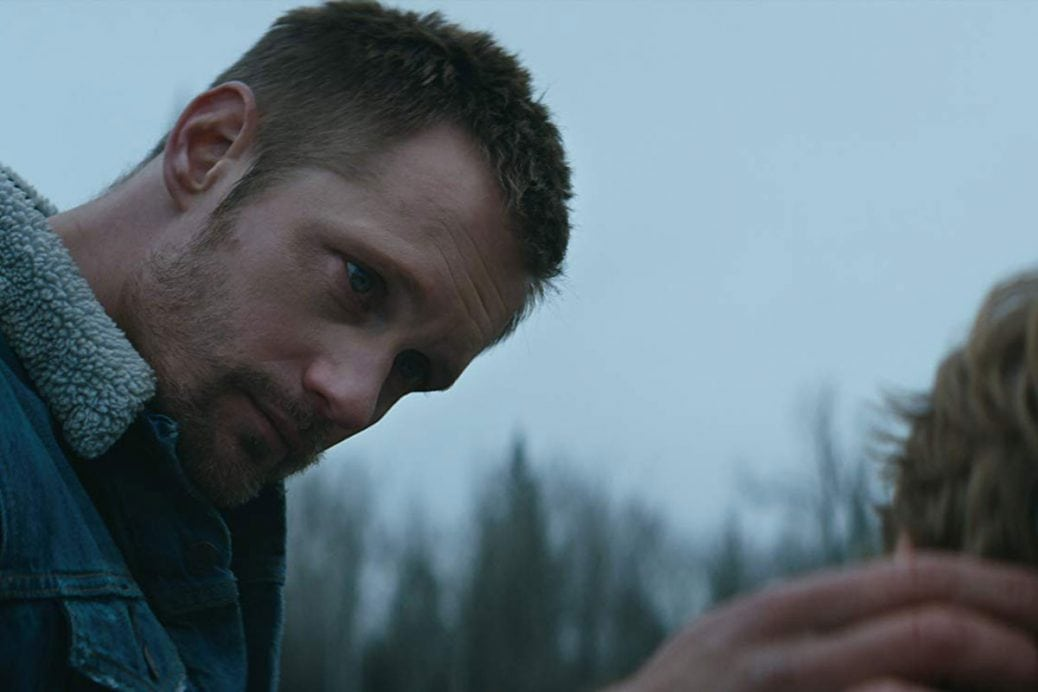 Alexander Skarsgård i Hold the Dark. Foto: Netflix.