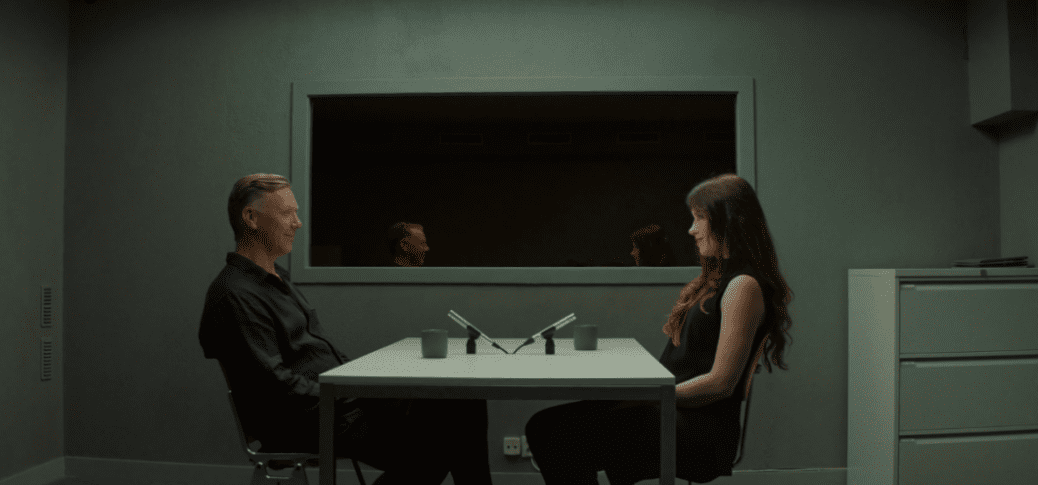 """Mikael Persbrandt och Anna Odell i """"X&Y""""."""