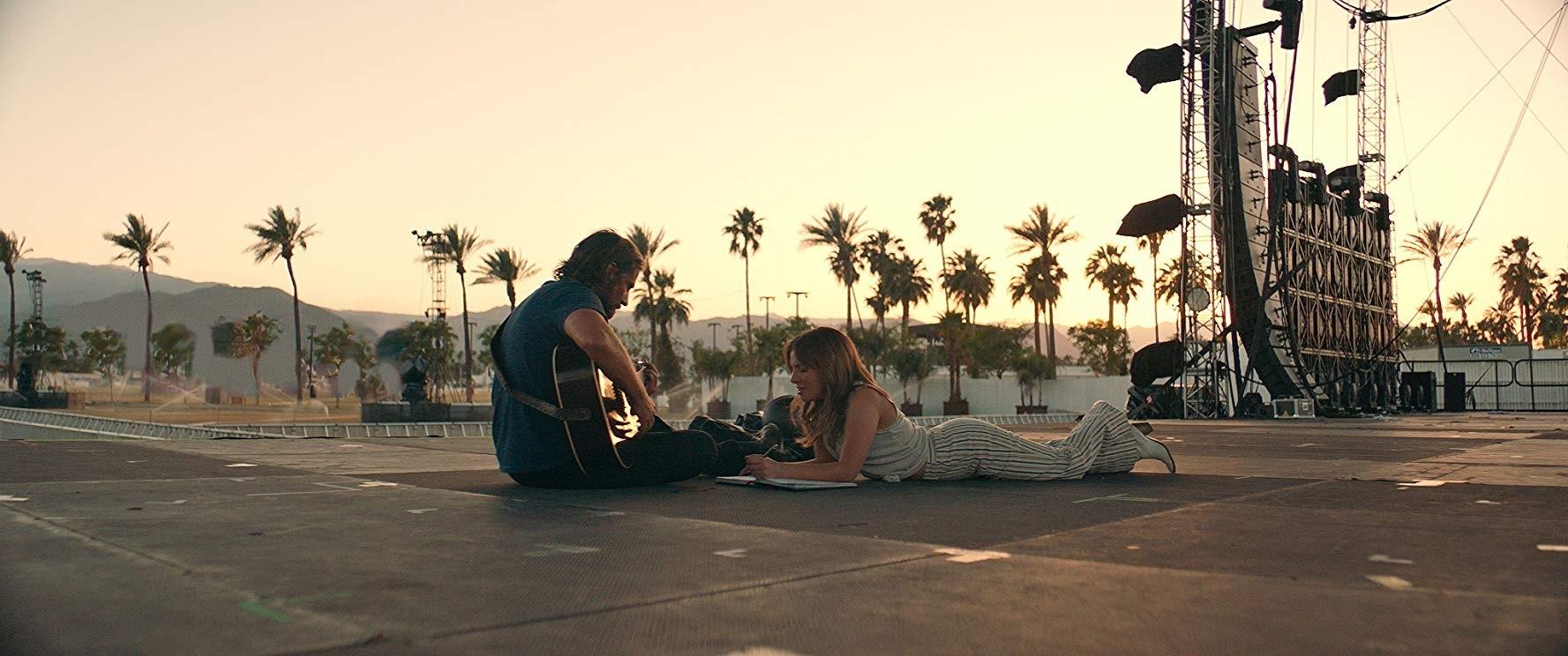 Bradley Cooper, Lady Gaga – A Star Is Born