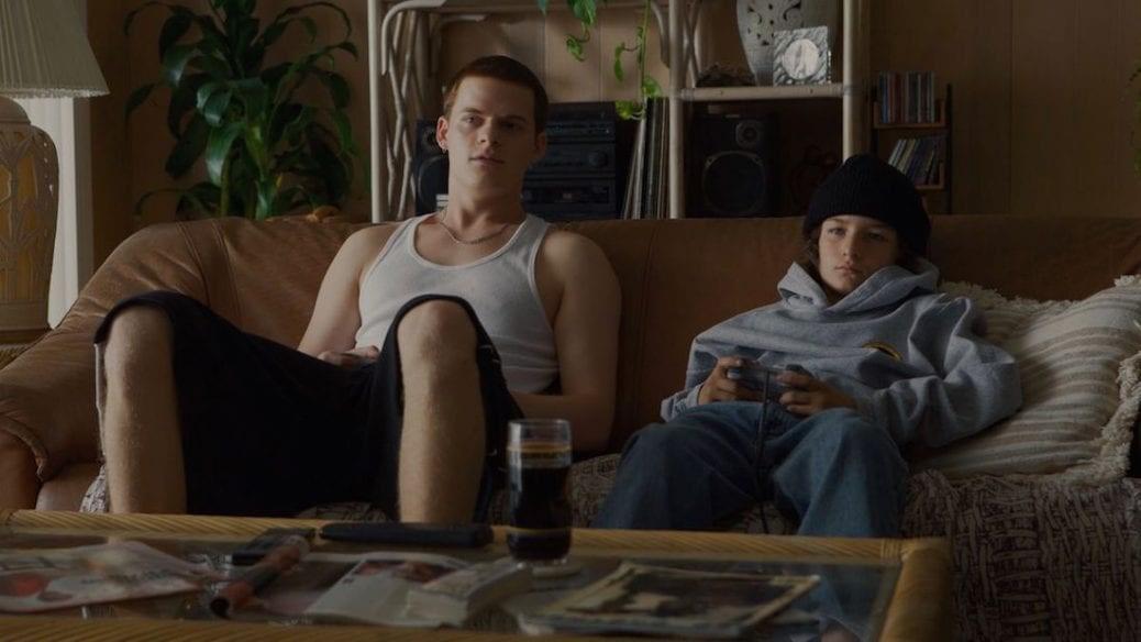 """Lucas Hedges och Sunny Suljic i Jonah Hills """"Mid90s"""""""