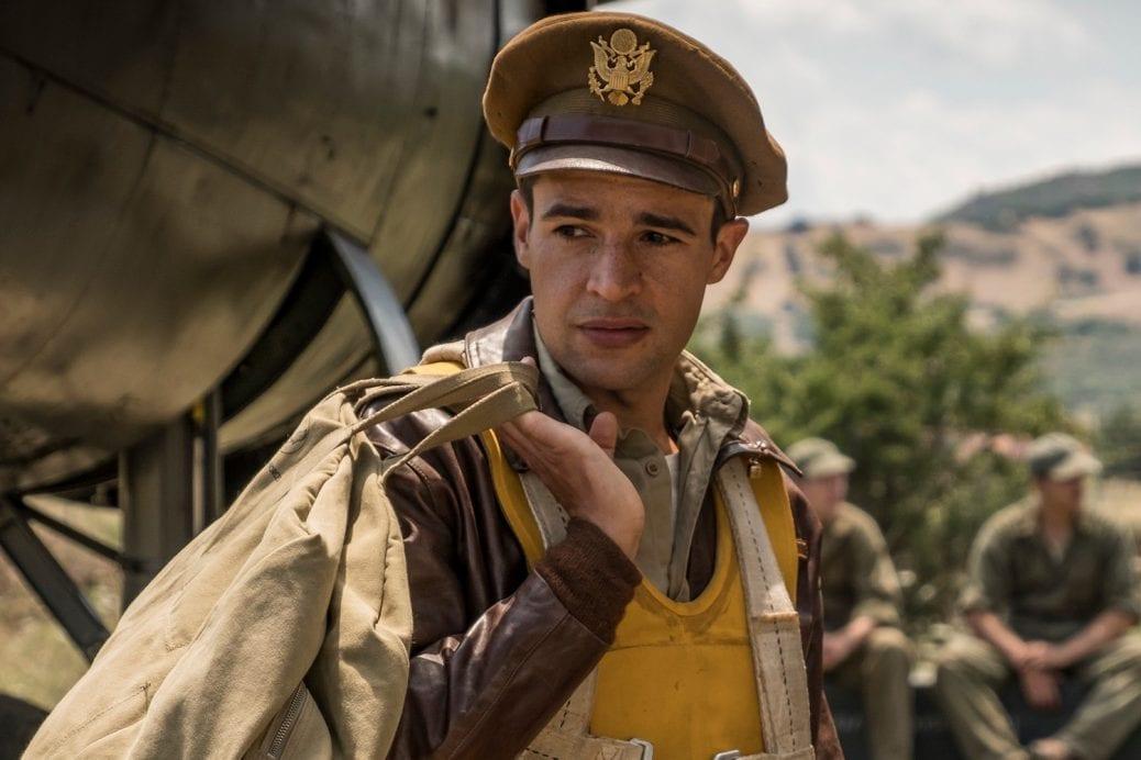 """Christopher Abbott som Yossarian i """"Catch-22""""."""
