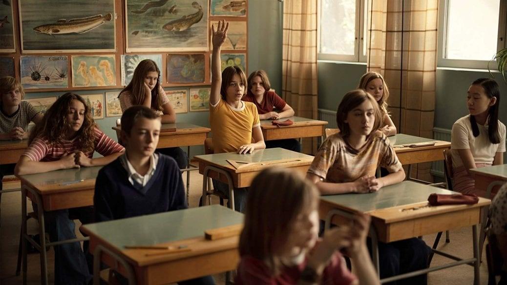 Bild från Jonas Gardell och Rojda Sekersöz film En komikers uppväxt.