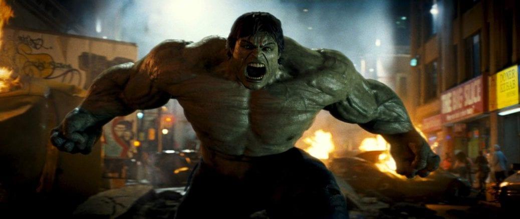 """Hulken får ett utbrott på """"New Yorks"""" gator. Egentligen är det inspelad i Kanada."""