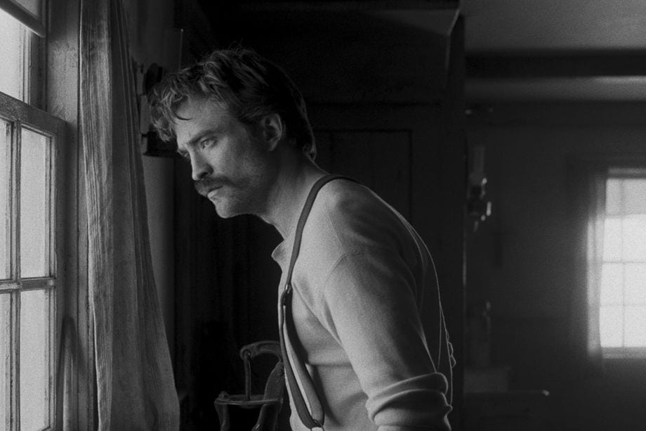 Robert Pattinson i rollen som Ephraim i The Lighthouse
