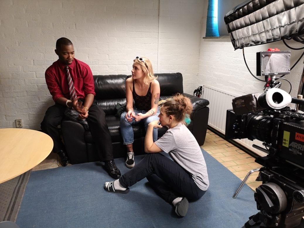 Här diskuteras scenen som skall filmas i Jessica.