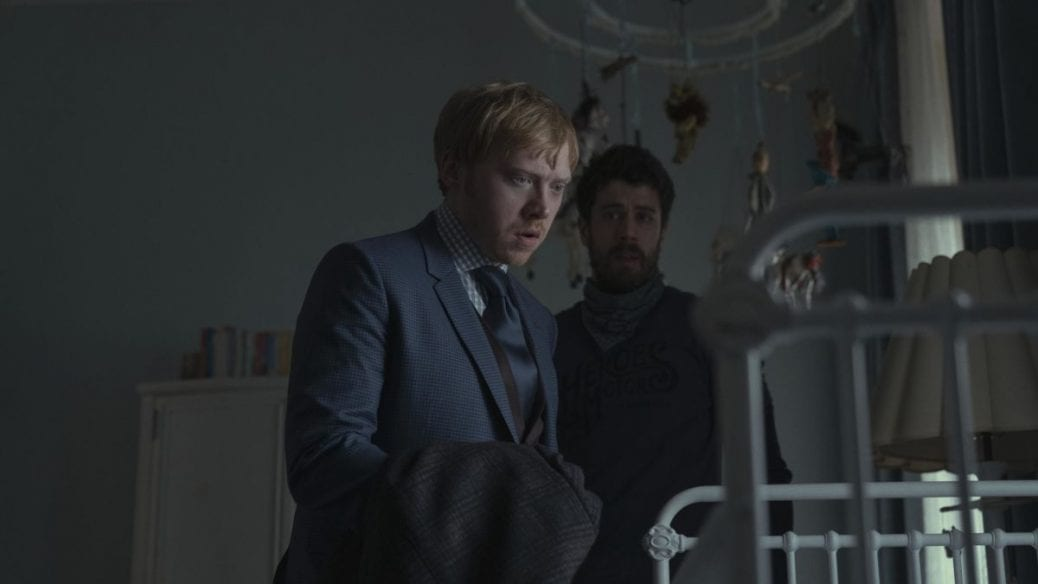 """Rupert Grint och Nell Tiger Free i """"Servant""""."""