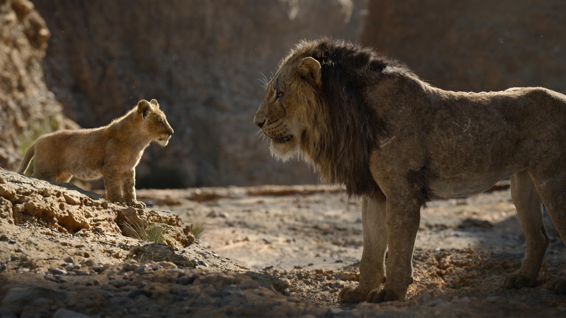 Simba med sin farbror Scar i Lejonkungen