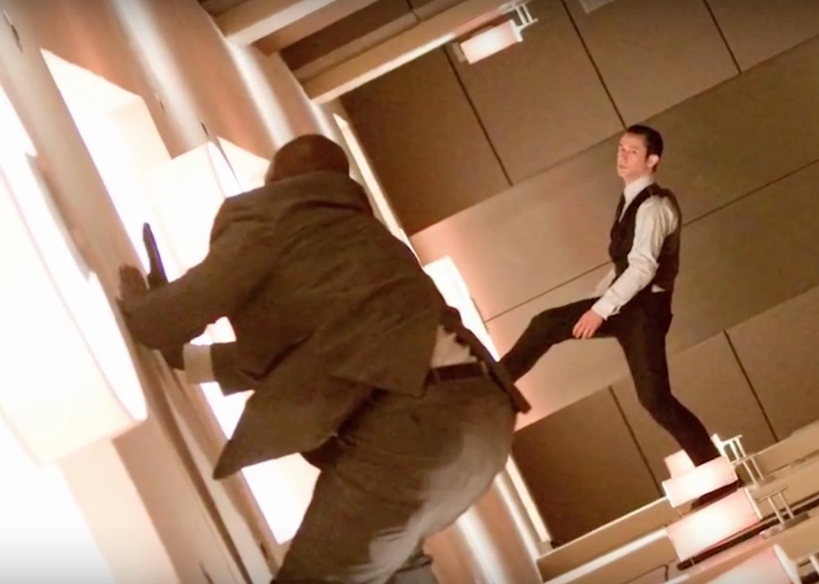 Korridoren utan gravitation i Inception. Foto: Warner Bros Pictures.