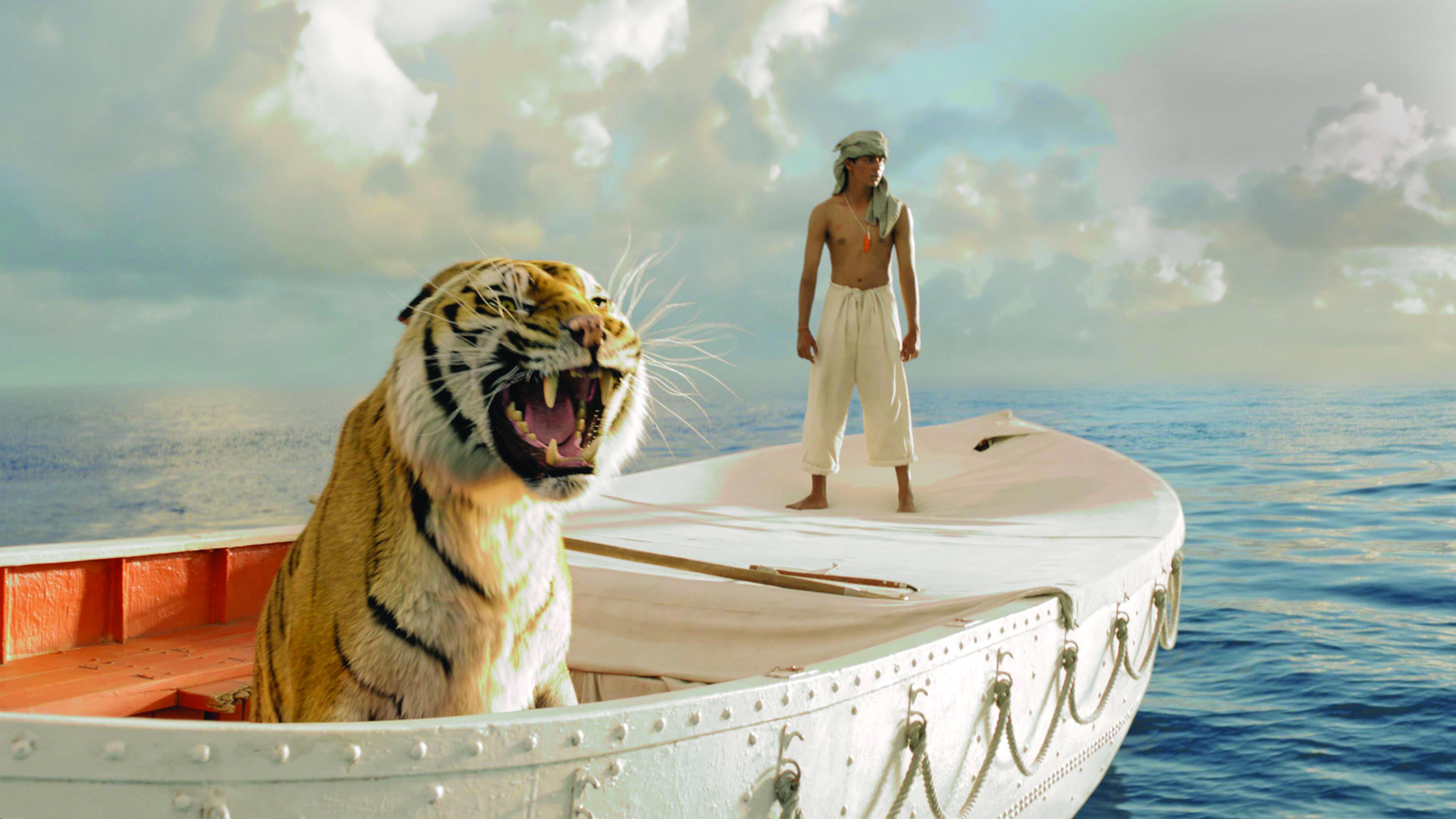 Tigern och pojken i Life of Pi. Foto: 20th Century Fox.