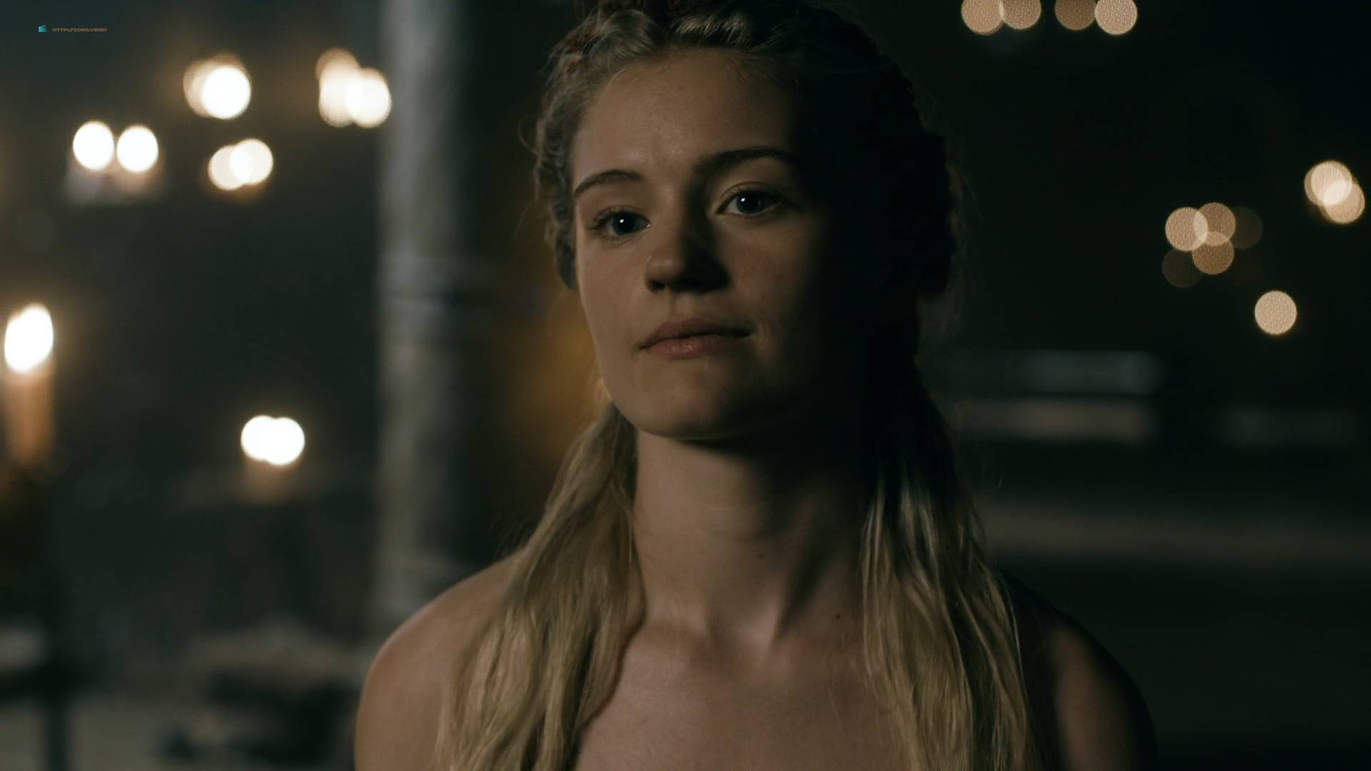 "Alicia Agneson som Freydis i ""Vikings""."