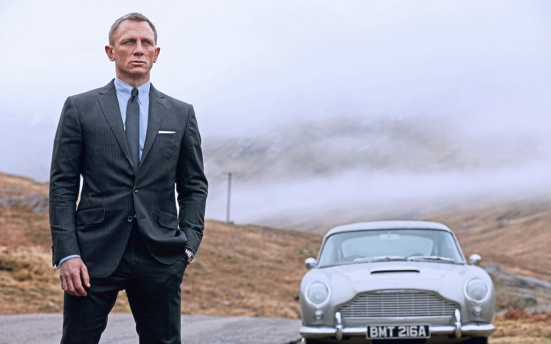Daniel Craig som James Bond.