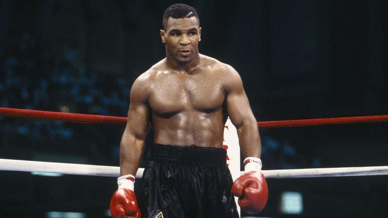 Mike Tyson i boxningsringen.
