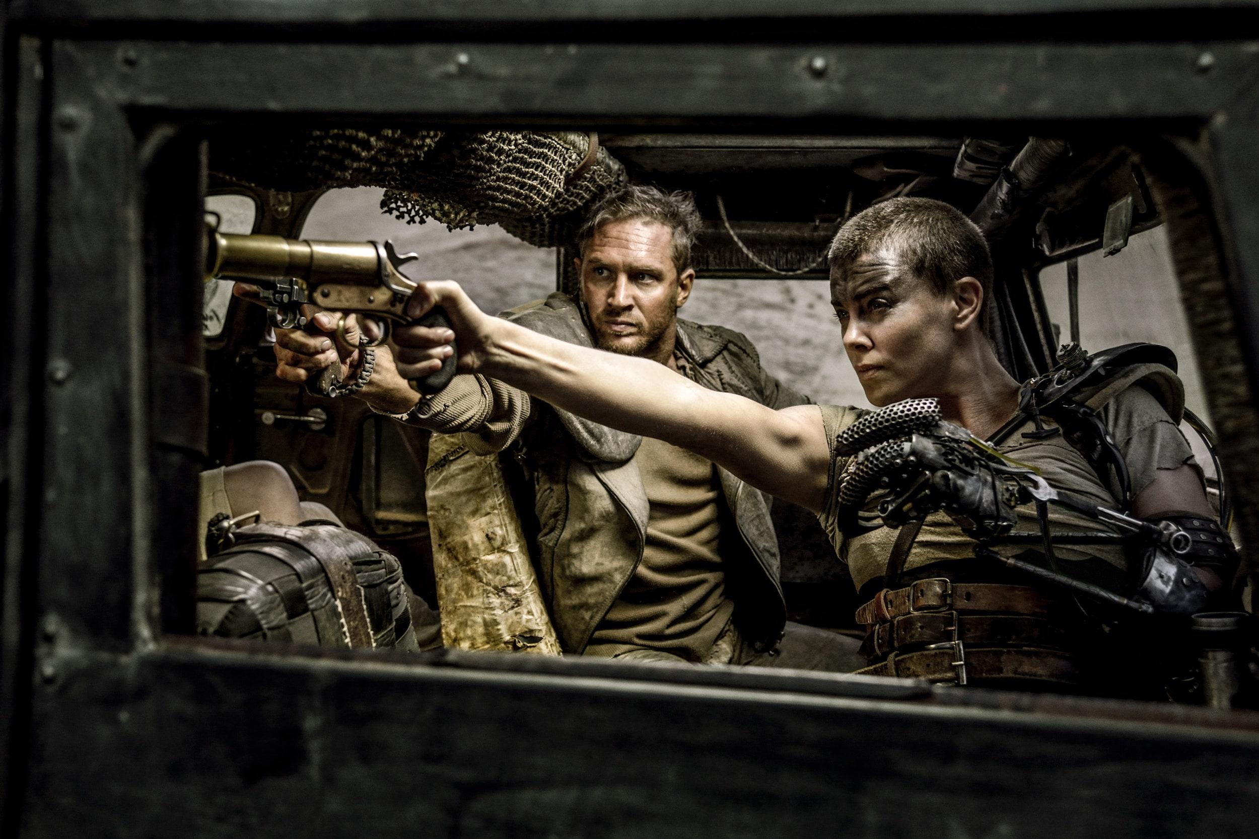 Tom Hardy och Charlize Theron i Mad Max: Fury Road