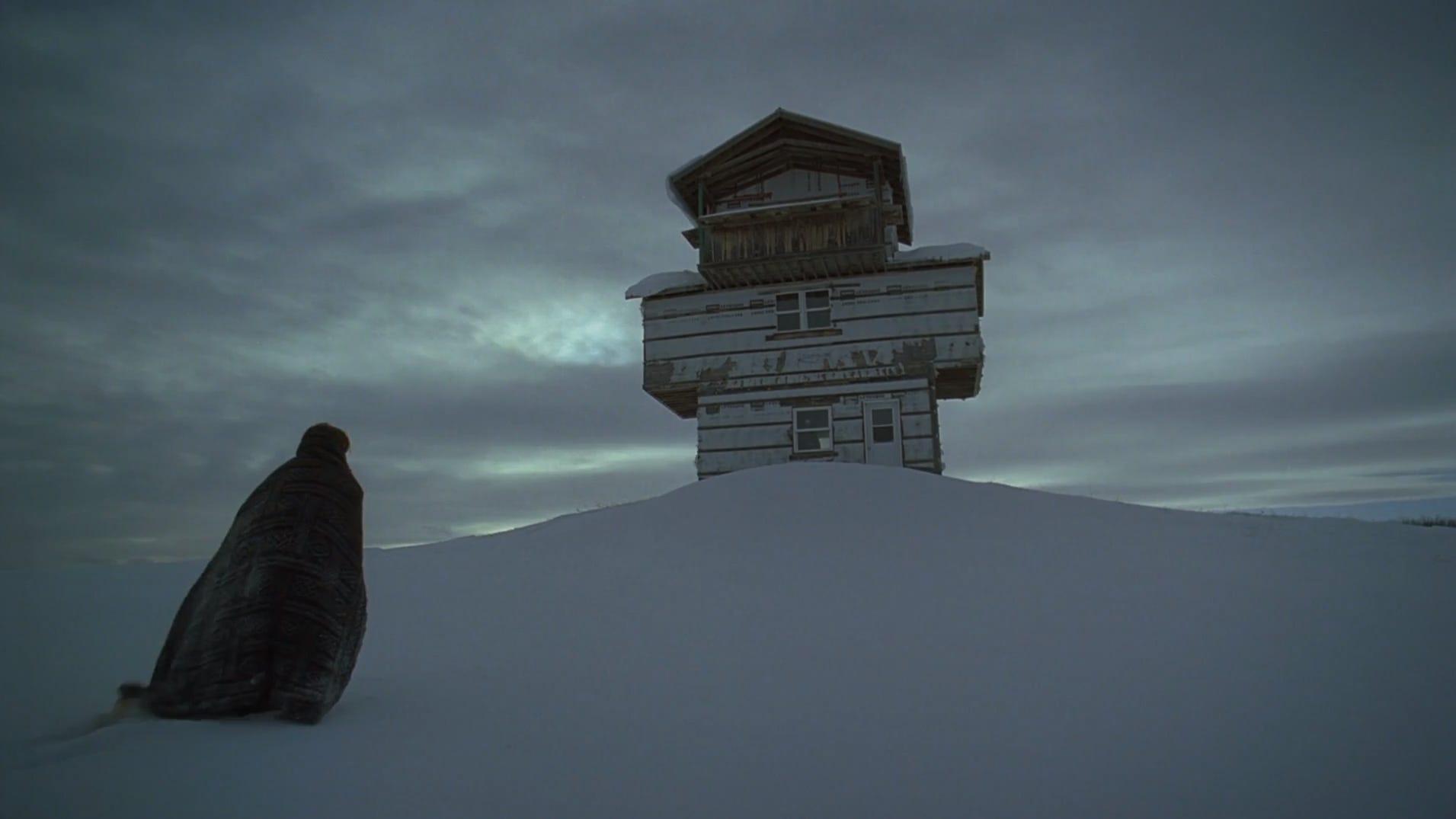 """Stillbild ur """"The Lodge""""."""