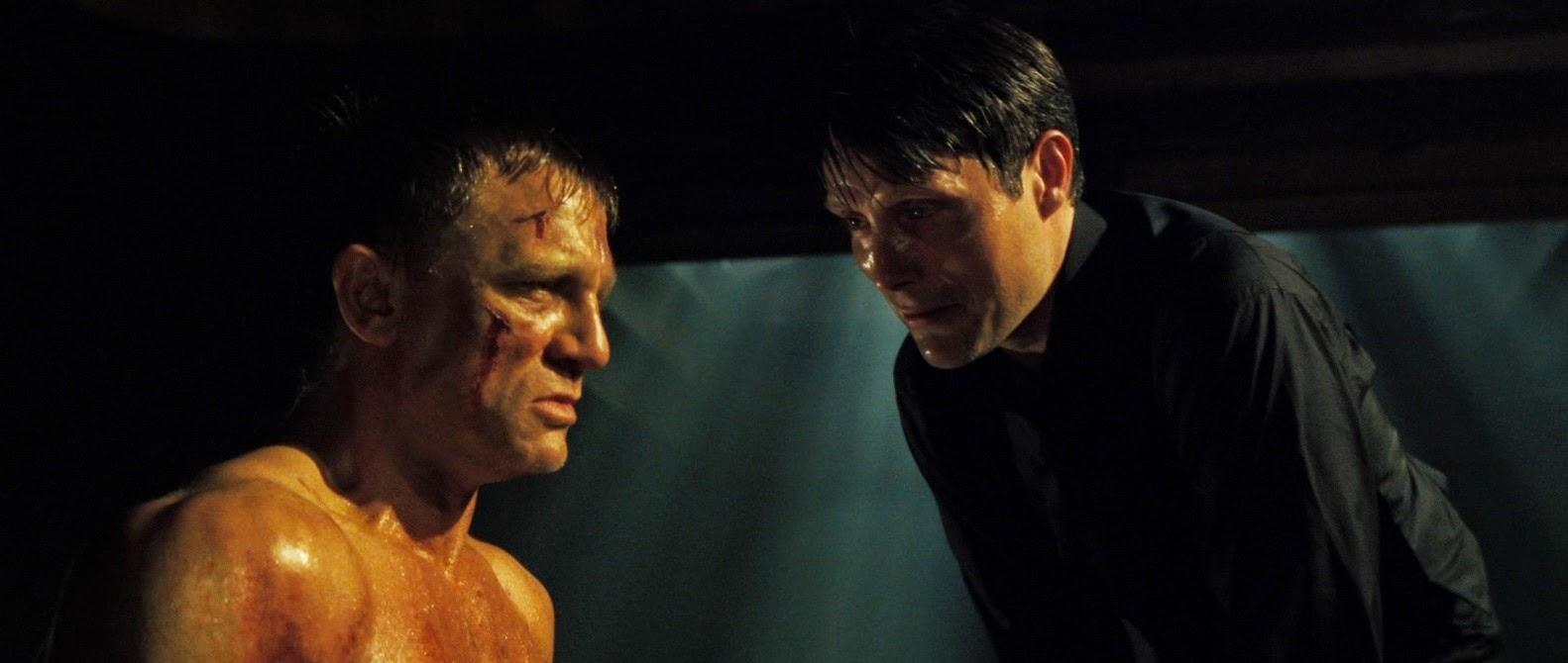Svettigt möte mellan James Bond och Le Chiffre. Foto: United International Pictures.