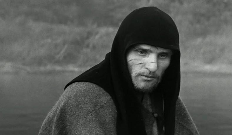 Stillbild ur Andrei Rublev.