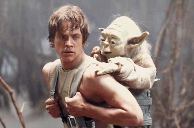 """Luke Skywalker och Yoda i """"Star Wars: Rymdimperiet slår tillbaka""""."""
