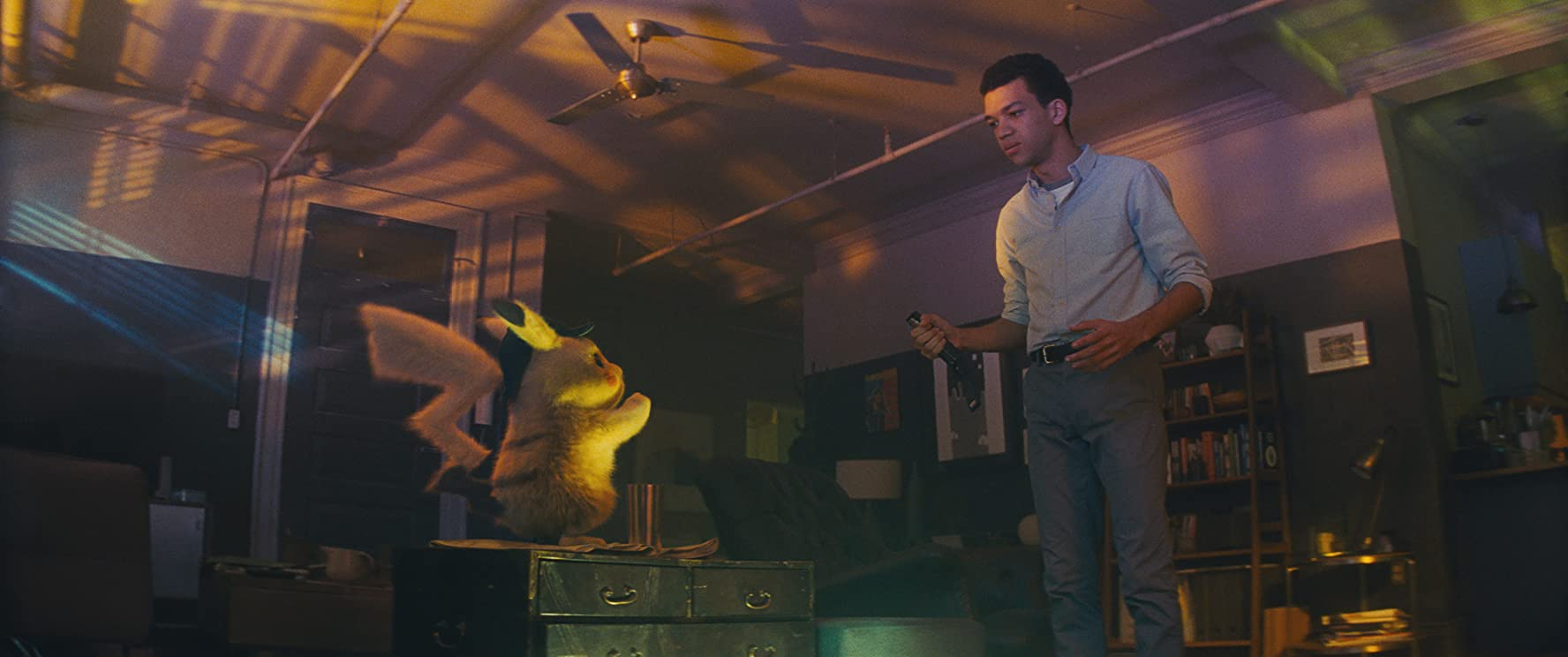 Justice Smith i Detective Pikachu