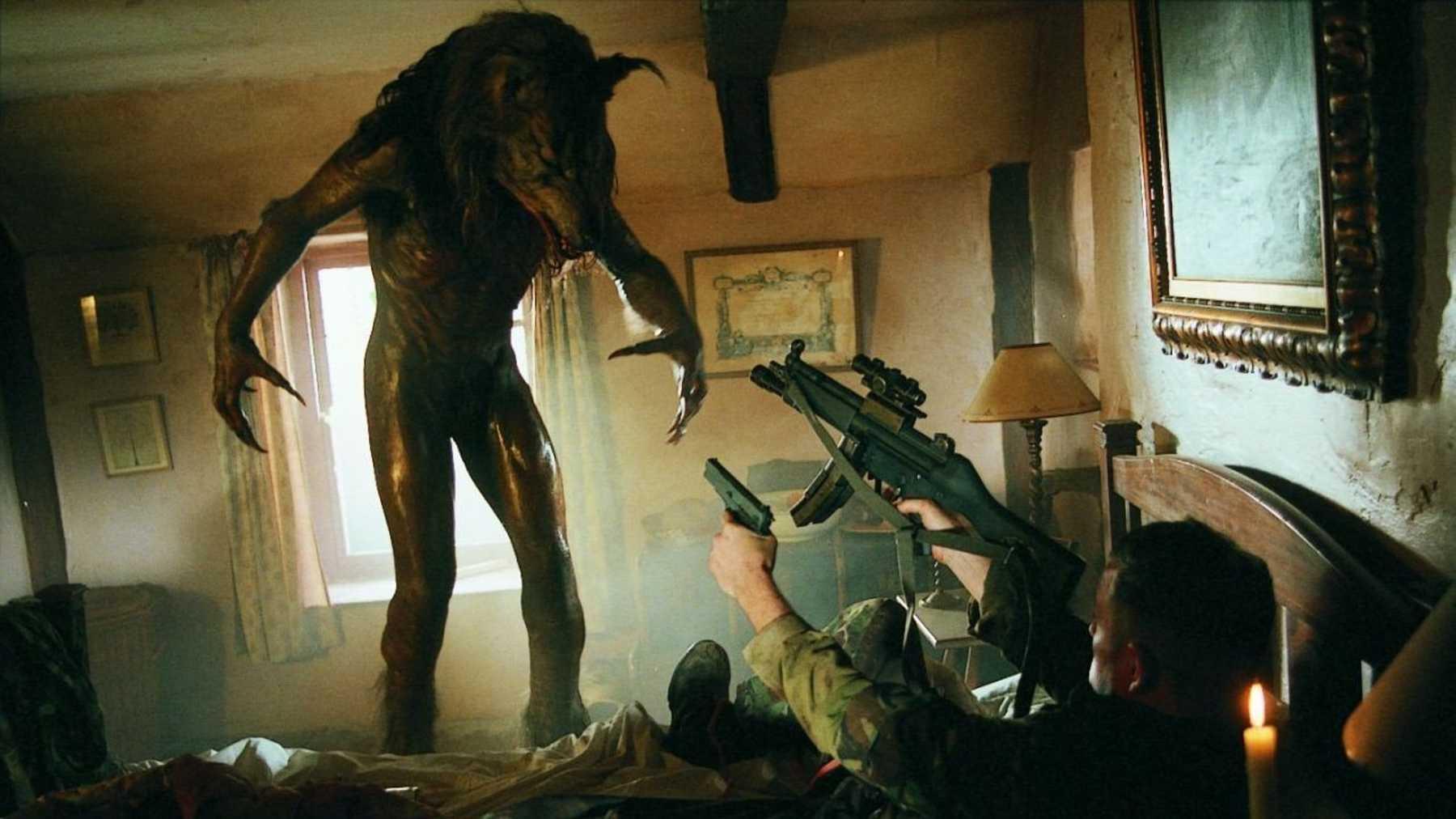Varulv redo att gå till attack i filmen Dog Soldiers