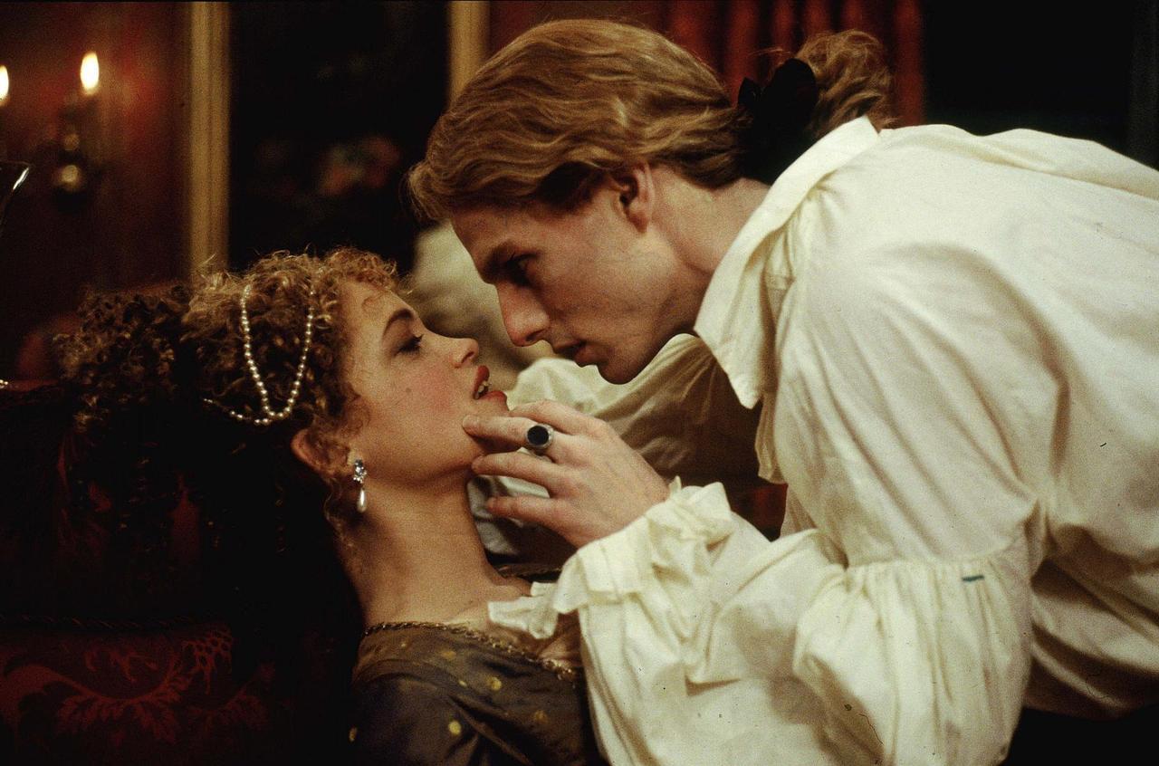 Tom Cruise förför sitt offer i filmen En vampyrs bekännelse