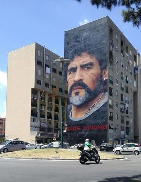 Maradona. Foto: Alessandrobottone/WikimediaCommons
