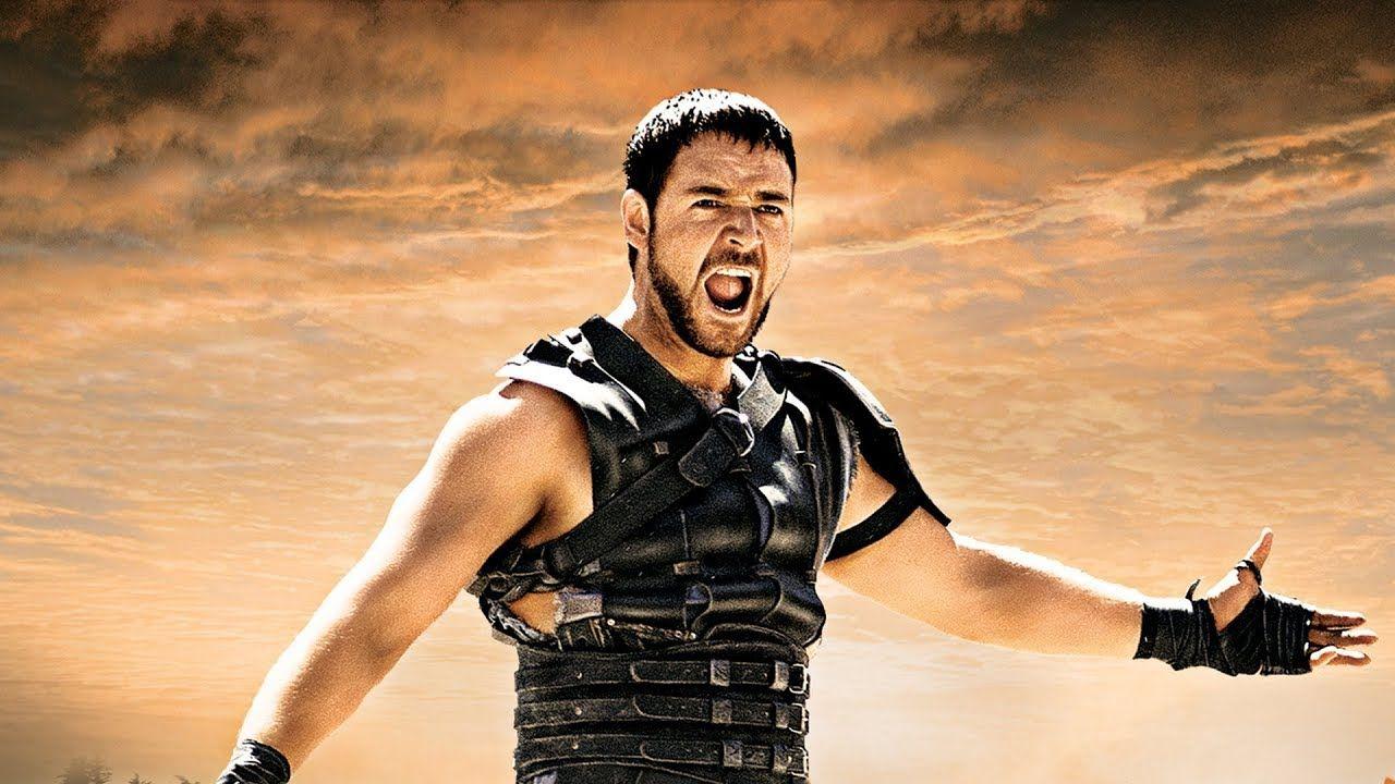 Maximus (Russell Crowe) undrar om vi inte är underhållna. Jo, men det borde vara lättare, Maxie-ponken! Foto: Universal Pictures.